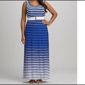 Roz & Ali Blue and white Maxi Dress